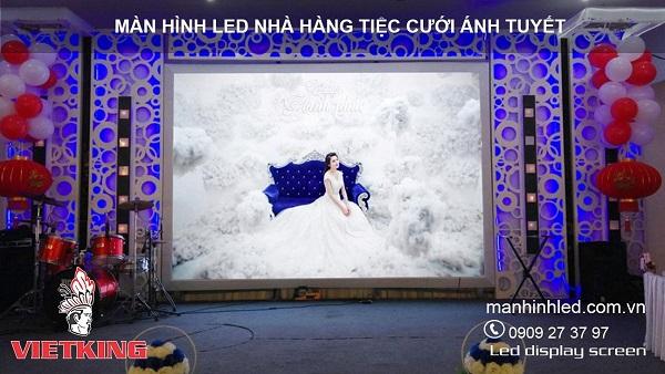 màn hình led p5 nhà hàng cưới ánh tuyết