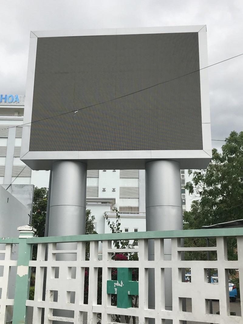 hoàn thiện màn hình led p6