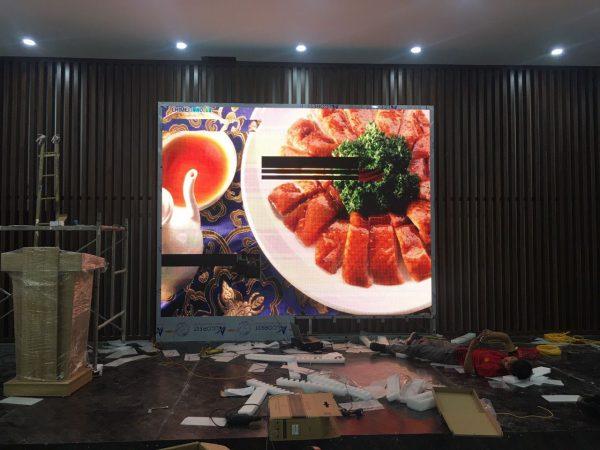 màn hình led p5 trong nhà dùng trong nhà hàng